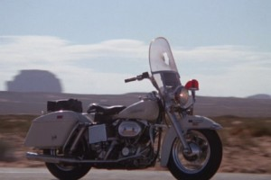 """Cinema e Motori - """"Electra Glide In Blue"""" l'altra faccia delle 2 ruote anni '70"""