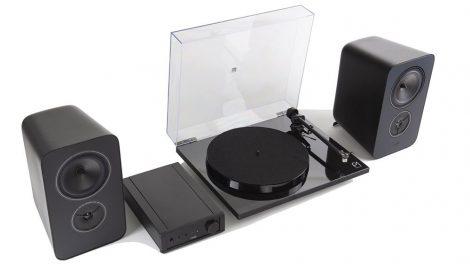 Rega System One: ampli, giradischi e diffusori a 1000 sterline