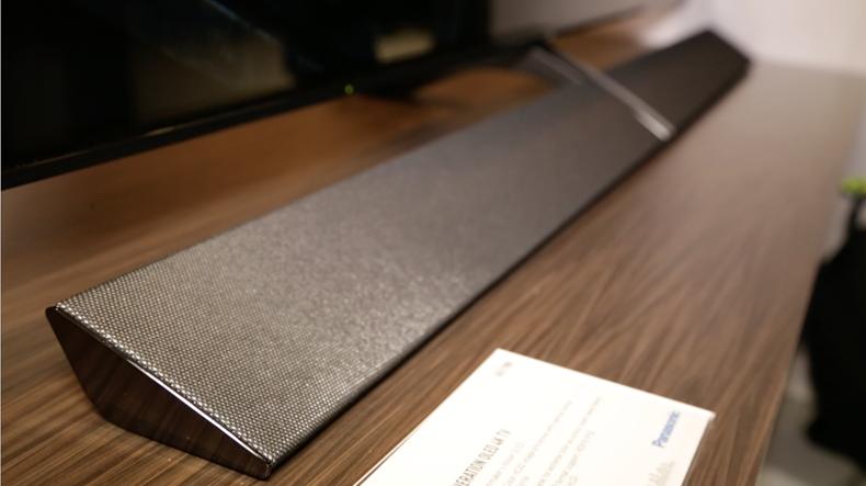 CES 2017: le prime impressioni sul tv Panasonic OLED 4K HDR EZ1000
