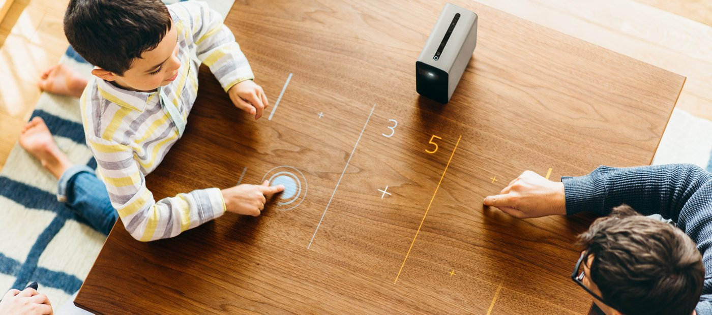 Sony Xperia Touch: il videoproiettore Android