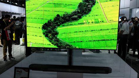 CES 2017: le meraviglie del LG Signature OLED W7